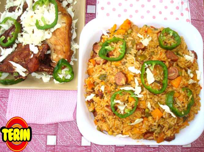 Super spicy sausage jollof rice and fried chicken terin recipes ccuart Gallery